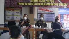 Sinergitas Kejari Depok-Kodim 0508/Depok di TMMD ke-112 suluh hukum warga
